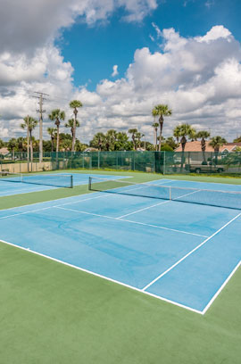 The tennis courts just a short walk from our St. Augustine vacation rentals.