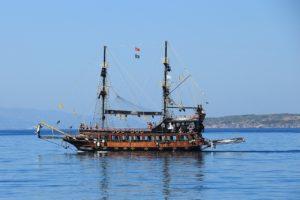 Black Raven Pirate Ship St. Augustine